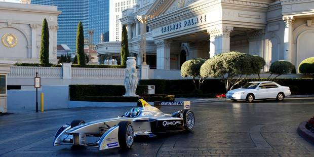 The Spark-Renault SRT 01E was driven along The Strip by Brazilian racing driver Lucas di Grassi.