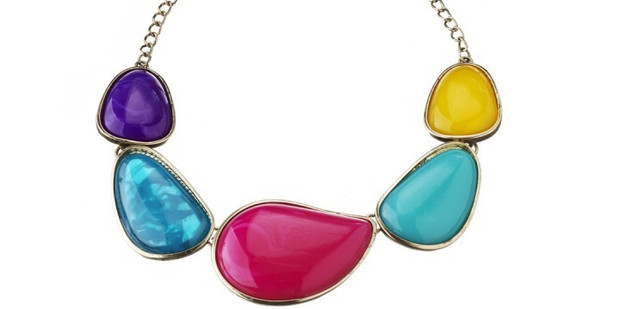 Organic stone necklace $19.99 from Diva