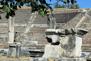The restored Roman theatre at the Asklepion still hosts classical plays every May, during the annual Bergama Arts Festival. Photo / Justine Tyerman