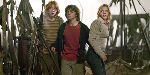 Forget Ron, many fans are writing their own happy ending for Harry Potter and Hermione.