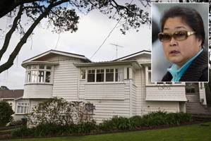 The house at 21 Maungakiekie Ave, Greenlane Auckland, owned by the Cornwall Park Trust Board. Inset: Yong Xin Chen. Photo / Greg Bowker
