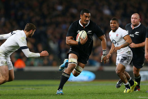 Jerome Kaino makes a break during the test match at Eden Park in the weekend. Photo / Getty Images
