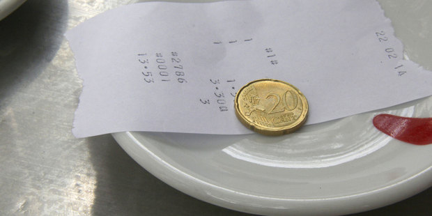 Kiwis have been identified as the world's stingiest tippers  - with just 42pc forking out gratuities. Photo / Thinkstock