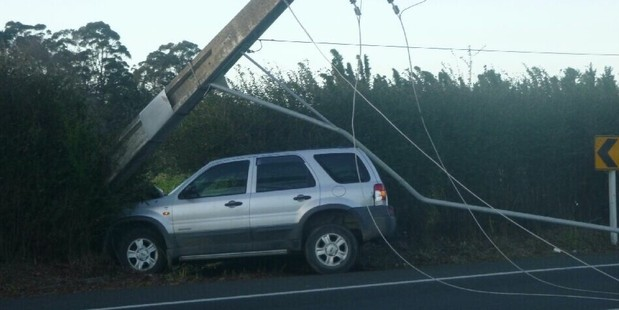 This vehicle was responsible for closing State Highway 2 near Katikati this morning. Photo / Brendan Gibbs