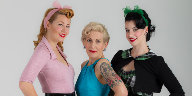 Rachael Pilcher, centre, with her Americana buddies Ceara O'Flaherty, left and Ella Webster, known as Miss Victory Violet, Miss Pinup 2014. Photo / Michael Craig