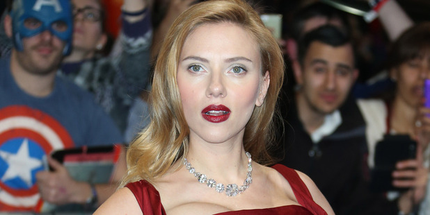 Scarlett Johansson swears by manuka honey. Photo / AP