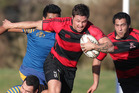 150614bf14 Whakarewarewa player Whaimotu Craft-Chemis runs it up against Tauranga Sports at Puarenga Park 15 June 2014 Rotorua Daily Post Photograph by Ben Fraser RGP 16Jun14 - GOOD RUN: Whaka
