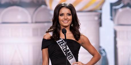 Miss New Zealand 2013, Holly Cassidy, of Tauranga