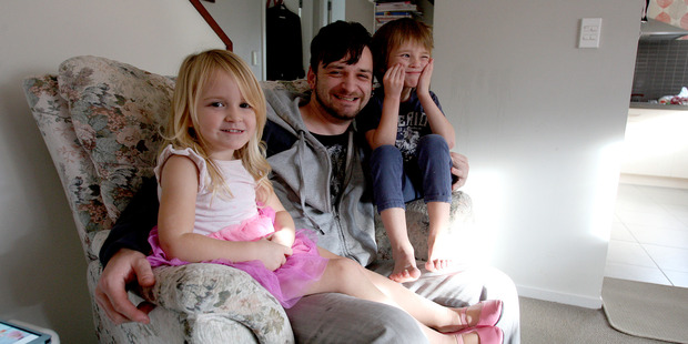Phoenix, 4, and Faith Ruddell, 3, pictured with their father Matt Ruddelll. Photo/Ruth Keber