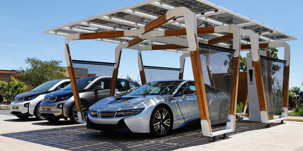BMW's i3 and i8 use Samsung provided batteries.