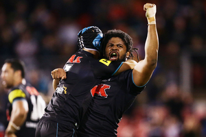Jamal Idris of the Panthers celebrates victory with Jamie Soward. Photo / GettyImages