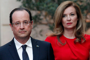 French President Francois Hollande, left, and his companion Valerie Trierweiler. Photo / AP file