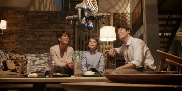 The happy family from Extant: mysteriously pregnant Mom, cad Dad and creepy robot child.