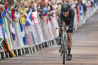 Linda Villumsen crosses the finish line the Women's Time Trial to claim gold. Photo / Greg Bowker