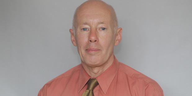 Mark Dawson, Editor of Wanganui Chronicle