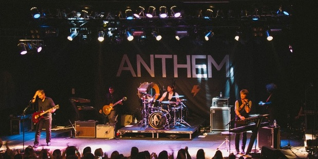 Hanson performing at The Powerstation in Auckland. Photo / Beka Hope Photography