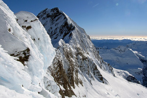 Police say there are few details about what led a NZ man to fall to his death on Mt Aspiring. Photo / Guy McKinnon