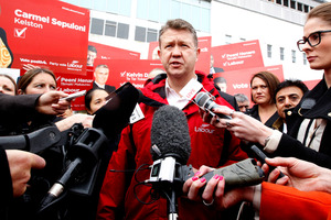 Labour Leader David Cunliffe speaks to the media at the Avondale Markets. Photo / Jason Oxenham