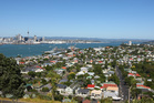The average Auckland house sales price fell 7.6pc to $647,207 according to Barfoot & Thompson. The median price fell 7.8pc  to $580,000 from December. Photo / Chris Gorman