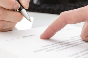 Apart from negotiating for more money, contract time means employees can negotiate for extra holiday time, relocation expenses, re-settlement costs, and sick leave.