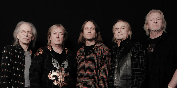 The 2014 line-up of Yes: Steve Howe (guitar), Geoff Downes (keyboards), Jon Davison (vocals),  Alan White (drums), Chris Squire (bass).