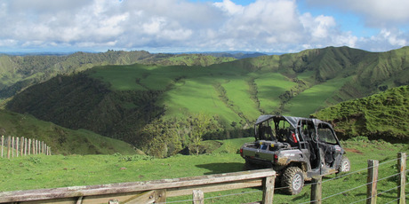 The Ngamatapouri tour provides some spectacular country views.