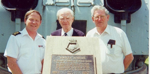 Commander (Retired) Cliff Heywood, Dr Hans Dietrich, and River Plate veteran, Eddie Telford from the Achilles in 1999.