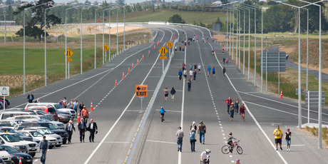 The Mangaharakeke Drive section of Waikato Expressway, north of Te Rapa opened in Dec 2012. Photo / Stephen Barker