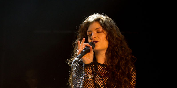 Lorde performs at her first post-Grammy show on home soil. Photo  / Richard Robinson.