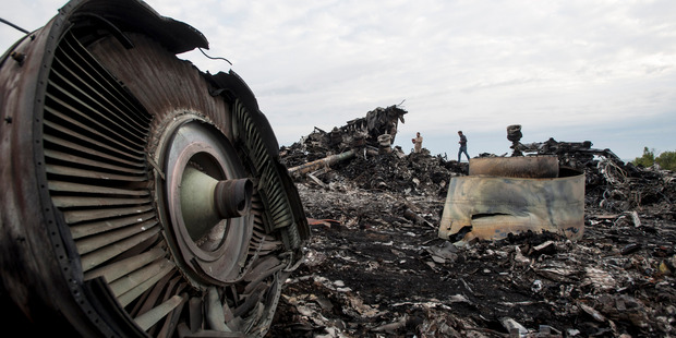 MH17: 700 human remains unidentified