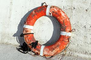 Three fishermen were rescued after their vessel struck rocks off Bluff harbour. Photo / Thinkstock