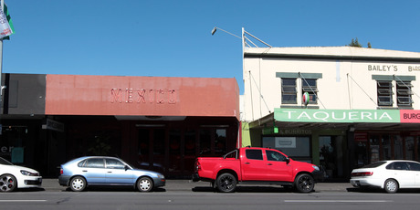 164 and 166 Ponsonby Road Auckland. Photo / Doug Sherring