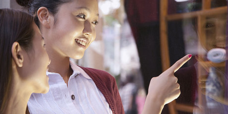 The Lincoln University research found that in China, female consumers are more likely to shop online than their male counterparts. Photo / Thinkstock
