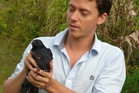 Auckland University lecturer Dr Alex Taylor used a Caledonian crow in problem-solving tests.