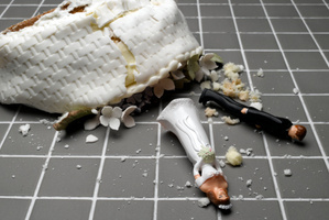 Divorce rates are high and most spouses aren't dedicating enough time to love and expression - expert. Photo / Thinkstock