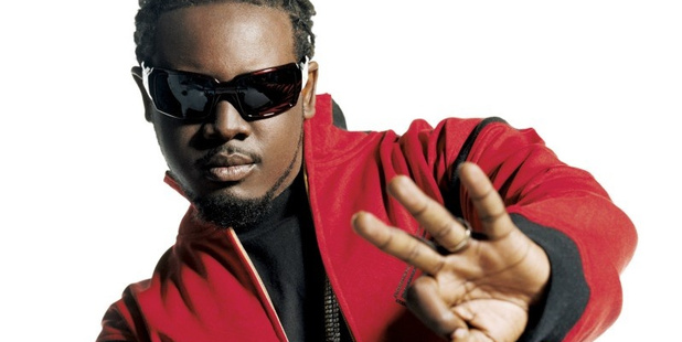 Rapper T-Pain has released a mangled cover of Lorde's hit single Royals.