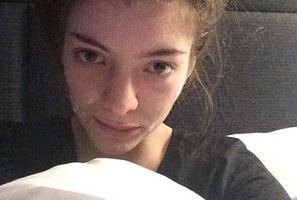 Lorde's make-up free selfie. Photo/Instagram
