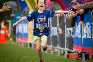 Charlotte Cornwall, 10, completing the Sanitarium Weet-Bix Kids TRYathlon. Photo / Sarah Ivey