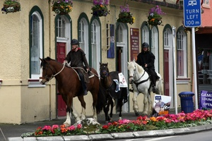 Horse trekkers outside the Marquis of Normanby Hotel. File photo / APN