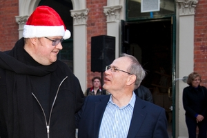 Kim Dotcom (left) and Len Brown both enjoy the limelight. Photo / APN