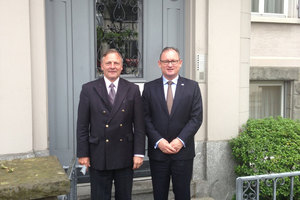 Mark Lowndes with Jürg Hartmann, Senior Partner of Hartmann Muller Partners outside their offices at 66 Zürichbergstrasse, Zürich.
