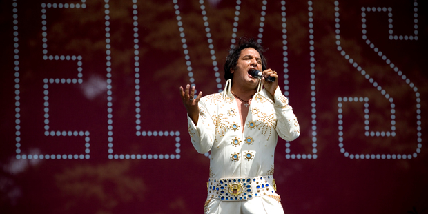 Elvis impersonator Steve Fitter entertains Elvis fans during the Elvis in the Gardens concert. Photo / Dean Purcell