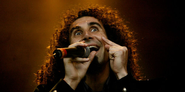 Serj Tankian from System of a Down at the Big Day Out 2005. Photo / Richard Robinson
