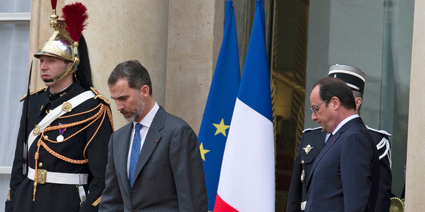 French President, Francois Hollande, right, accompanies Spain's King Felipe VI, left. Europe is in shock following the crash. Photo / AP