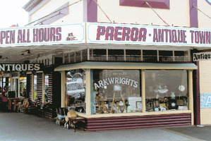 Paeroa is increasingly becoming a haunt for those who enjoy looking for bargains in its antique shops.