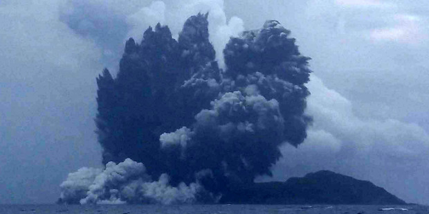 A new photo shows ash erupting from a volcano off Tonga in the South Pacific. Photo / Matangi Tonga