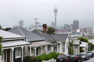 Auckland house prices fell last month - the first such fall in the Barfoot & Thompson figures in six months. Photo / Getty Images