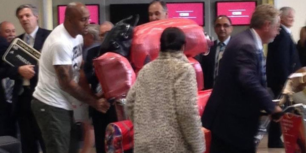 Jonah Lomu arriving home at Auckland Airport in an image posted on Twitter on Monday. Photo: CRAIG NORENBERGS