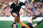 Lomu's speed and footwork on display. Photo / Getty