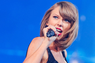 Taylor Swift has angered Auckland beach-goers who say she put a rare native bird at risk. Photo / Getty Images